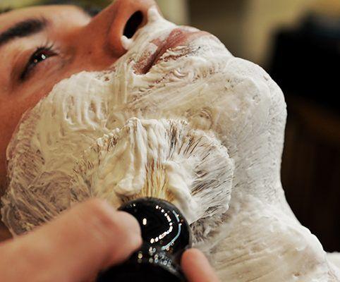 Barbers Crew Barbería Malasaña Madrid Servicio Afeitado